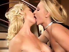 Lesbian sex
